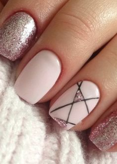 37 Sophisticated Winter Nail Art Design Ideas That You Need To Try - Although women tend to neglect their nails during the colder months, it is the most important time to take care of your nails! Colorful Nail Designs, Cute Nail Designs, Acrylic Nail Designs, Minimalist Nails, Trendy Nail Art, Stylish Nails, Manicure, Wie Macht Man, Dream Nails