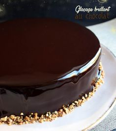 Glaçage miroir ultra brillant au chocolat #glacage #brillant #iletaitunefoislapatisserie