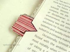 DIY BOOKMARKS in 10 different ways - tassel paperclip, arrow bookmark, ribbon bookmarks,...and more bookmark ideas. See how these cute office supplies takes only just few minutes to make!