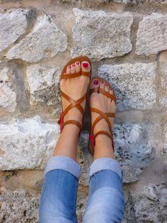 summer sandals fashion trend women wardrobe