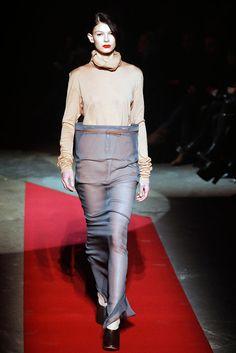 Maison Margiela - Fall 2010 Ready-to-Wear - Look 10 of 40