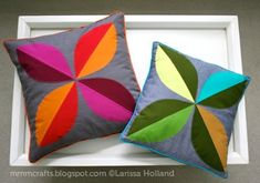 Love the mod look of this 4 leaf pillow tutorial