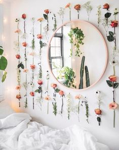 Home Decoration Simple creative floral wall decor.Home Decoration Simple creative floral wall decor Diys Room Decor, Room Ideas Bedroom, Bedroom Wall, Girls Bedroom, Diy Bedroom Decor, Ikea Bedroom, Bedroom Furniture, Bedroom Designs, Kid Furniture