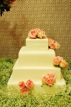 Home - Adriana Satizabal Cake, Desserts, Food Items, Fiestas, Tailgate Desserts, Deserts, Kuchen, Postres, Dessert