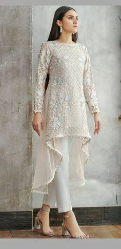 Ideas dress hijab kondangan – – My World Pakistani Dress Design, Pakistani Outfits, Indian Outfits, Dress Brokat, Kebaya Dress, Kebaya Hijab, Kebaya Muslim, Trendy Dresses, Casual Dresses
