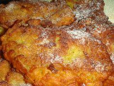 Reteta culinara Clatite rapide cu mere din categoria Dulciuri. Cum sa faci Clatite rapide cu mere