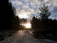 Nejkrásnější místa pro zimní sportovní aktivity   Places to go... The most beautiful winter hiking tours...  #superlifecz #winter #sports #zen #snow #apps #czechrepublic  #run    Radim Novotný - Ranní výběh do krásného dne