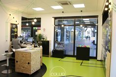 Spazio di coworking a Cuneo, presso il tech shop di Isiline. Affiliato alla Rete Cowo® http://www.coworkingproject.com/coworking-network/cuneo-login/