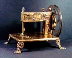 hand sewing, antiqu sew, antique sewing machines, apples, sew machin, peanut butter, friend, antiques, maquina de