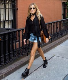 Skinny Scarf Street Style Shorts Boots Casual