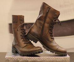 O melhor da coleção de Outono/Inverno 2013 da Calvin Klein Jeans Chelsea, Fashion Boots, Mens Fashion, Motorcycle Travel, Rugged Style, Designer Boots, Calvin Klein Jeans, Timberland Boots, Combat Boots