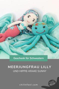 Maritimes Geschenk für Geschwister (Mädchen): Meerjungfrau Lilly und Oktopus Sunny ... beste Bio-Baumwolle, Handarbeit. Geschenk für Geschwister // Schwester // Schwestern // Meerjungfrau // Oktopus // Frühchen // Geschwisterliebe #chillnfeel #geschenkfürgeschwister #schwester #schwestern #meerjungfrau #oktopus #frühchen #geschwisterliebe Babys, Teddy Bear, Animals, Sisters, Baby Favors, Sister Love, Octopus, Babies, Animales