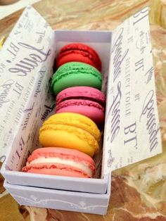 French Macaroons from Bottega Louie. #nomnom