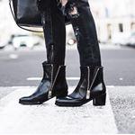 Eeeennnnnn elles sont top!!! #Chanel #boots
