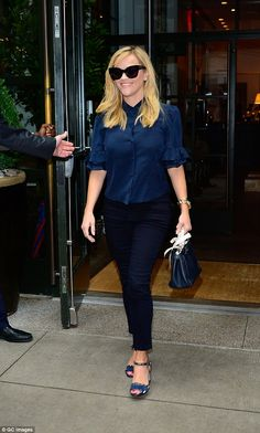 Many people simply cannot carry off the color red. But Reese Witherspoon did so with flying colors as she stopped by a NYC morning show on Monday. Fendi Peekaboo Mini, Reese Witherspoon, Red Color, New Books, Nyc, Handbags, Suits, Fashion, Moda
