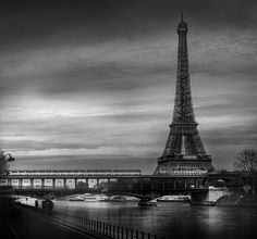 Photo EIFFEL TOWER par Jean Michel Berts on 500px