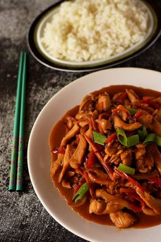 Mancare chinezeasca cu pui si legume Romanian Food, Romanian Recipes, Chinese Food, Japchae, Soul Food, Thai Red Curry, Fries, Deserts, Food And Drink