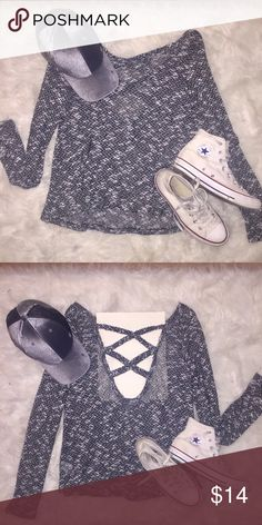 Black and white sweater with cross cross back😎 Black and white speckled sweater with criss cross back. (I put a paper so you can see.) Wear with leggings and converse for a cute casual outfit 😊 Aeropostale Sweaters Crew & Scoop Necks