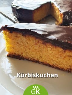 Zu einem Menü passt dieser saftige Kürbiskuchen als Dessert. Hier das Rezept aus der Steiermark. Banana Bread, Fitness, Desserts, Food, Pumpkin Pie Recipes, Dieting Tips, Dessert Ideas, Pies, Baking
