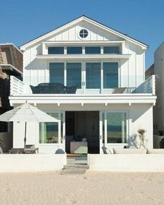 Newport Beach Ocean Front - beach style - exterior - orange county - William Guidero Planning and Design