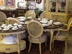 Delicieux Civetta Consignment, Canal Winchester, OH Canal Winchester, Vintage  Display, Columbus Ohio,