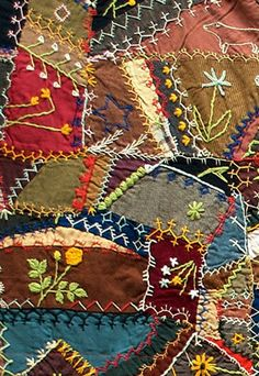 Love this crazy quilt....