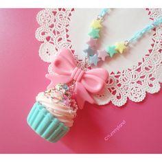 Fairy Kei Cute Pastel Mint Cupcake with Whiped cream, Pink Bow Kawaii Charms, Fimo Kawaii, Kawaii Cute, Kawaii Jewelry, Kawaii Accessories, Cute Jewelry, Kawaii Fashion, Cute Fashion, Mode Kawaii