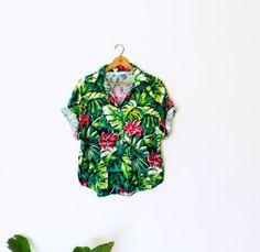 Jungle Print Vintage Blouse / Vintage Tropical Print Button Up Shirt / Vintage Cabana Blouse / Jungle Floral Slouchy Top