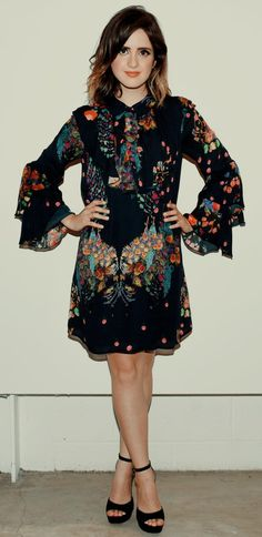 Vanessa Marano, Laura Marano, Austin And Ally, Goddesses, Boy Bands, Actors & Actresses, Dan, High Neck Dress, Celebrity