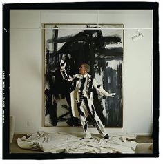 Annie Leibovitz Steve Martin, Beverly Hills, California, 1981