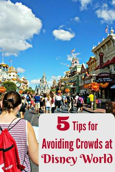Ready to visit Disney world but don't want to navigate the crowds? Here's five easy tips to help you avoid crowds at Disney! Disney World Parks, Walt Disney World Vacations, Disneyland Trip, Disney Travel, Disney Vacation Planning, Disney World Planning, Vacation Ideas, Orlando Travel, Orlando Vacation