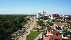 Hermosa vista de la la zona empresarial de Equipetrol y el Parque Ecológico del Río Piraí desde el Condominio Mirage, 4to anillo.