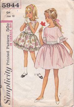1965 Girls Dress Pattern Size 10 Simplicity 5944 by ViennasGrace
