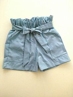 Linen short trousers, linen, fashion short in blue linen sky. Short with ruffled waist Cute Girl Outfits, Short Outfits, Fall Outfits, Kids Outfits, Summer Outfits, Short Niña, Girl Dress Patterns, Chor, Look Cool