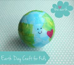 This is one of the cutest Earth Day crafts for kids we've seen! Earth Day Projects, Earth Day Crafts, Earth Craft, World Crafts, Preschool Crafts, Fun Crafts, Crafts For Kids, Preschool Centers, Preschool Ideas