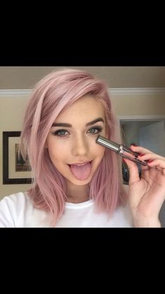 Kind of wanting to do this rose color hair, pink hair, rose hair color(Rose Gold Hair) Cabelo Rose Gold, Coloured Hair, Colored Short Hair, Dye My Hair, Cool Hair Color, Hair Color For Fair Skin, Hair Color Ideas, Hair Colours For Pale Skin, Pink Hair Colors