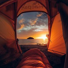 """""""Photo of the Day! The early bird gets the #GoProAward! @barekiwi nabbed $500 for capturing a stunning #sunrise from his sleeping bag. Nice work! Get in on…"""""""