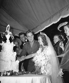 MR. & MRS. AGAR - John Agar marries Shirley Temple.
