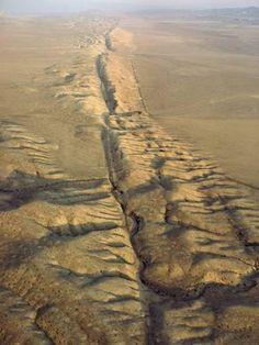 Photographic Print: The San Andreas Fault Slashes the Desolate Carrizo Plain, Carrizo Plain, California by James P. Blair : 16x12in