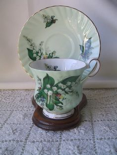 Feeding Nice Set Of 5 Stunning Vintage French Limoges Porcelain Egg Cups Firm In Structure Bowls & Plates