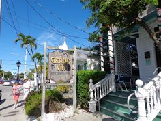 Grand Vin Wine Shop & Bar - Key West, FL