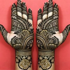 50 Most beautiful Varanasi Mehndi Design (Varanasi Henna Design) that you can apply on your Beautiful Hands and Body in daily life. Henna Hand Designs, Eid Mehndi Designs, Round Mehndi Design, Mehndi Designs For Girls, Mehndi Designs For Beginners, Mehndi Patterns, Wedding Mehndi Designs, Mehndi Design Pictures, Beautiful Mehndi Design