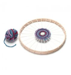 In love with this circular weaving loom for kid #novanatural