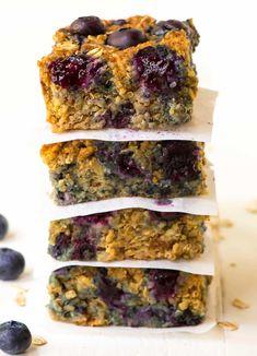 Quinoa Breakfast Bars Blueberry Quinoa Breakfast Bars, Quinoa Bars, Healthy Breakfast Recipes, Clean Eating Recipes, Healthy Snacks, Cooking Recipes, Healthy Bars, Healthy Eating, Weight Watcher Desserts
