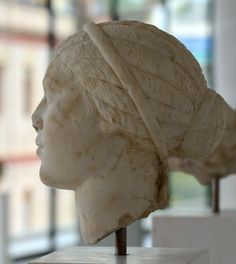 Fulvia Plautilla, wife of Caracalla. NAM Athens, New Acropolis Museum Roman Hairstyles, Athens Acropolis, Ancient Civilizations, Greece, Carving, Sculpture, Statue, Marbles, Museums