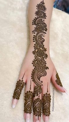 Mahndi Arabic Bridal Mehndi Designs, Palm Mehndi Design, Mehndi Designs Feet, Indian Mehndi Designs, Mehndi Design Pictures, Beautiful Mehndi Design, Henna Tattoo Designs, Mehndi Designs For Beginners, Simple Mehndi Designs