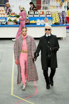 Más vestidos para ti: Chanel Paris Fashion Week Otoño Invierno 2014-2015...