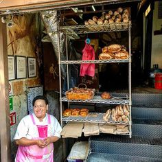 This is not your typical bakery . . . #bakery #laroma #bread #cdmx #mexico #wanderlust