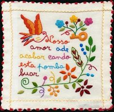 Lenço dos namorados (Portugal)old tradition in Portugal. Single girls embroidered handkerchiefs with thoughtful phrases for them to offer a young single man that they liked. If he accepted the handkerchief, was a sign that he accepted the courtship. Cross Stitch Embroidery, Embroidery Patterns, Hand Embroidery, Simple Embroidery, Machine Embroidery, Kitsch, Portuguese Wedding, Portuguese Culture, Wedding Favours