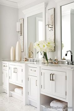 Swank and stylish white on white bathroom design. White marble countertops, white cabinets, modern fixtures and hardware. Bad Inspiration, Bathroom Inspiration, Dream Bathrooms, Beautiful Bathrooms, White Bathrooms, Master Bathrooms, Wc Retro, New England Homes, Luxury Interior Design